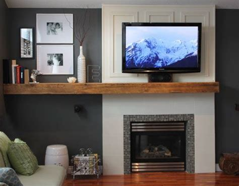 center fireplace living room 25 best ideas about center fireplace on fireplace tv wall colours live tv and