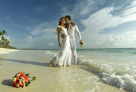 bodas en la playa organizacion de bodas en la share the knownledge 6 razones para tener una boda en la playa web de la novia