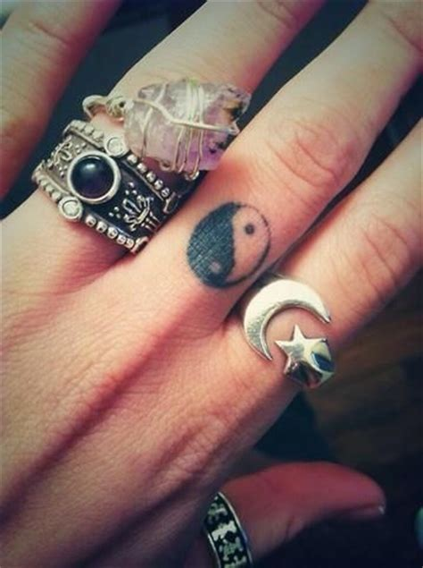finger tattoo ying yang 1000 images about tina 180 s brocante 1848 bohemian tattoo on