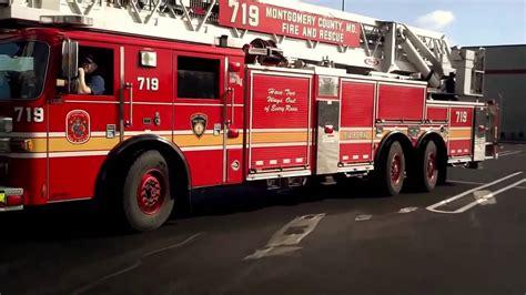 Pemadam Kebakaran Stop Mobil atraksi mobil pemadam kebakaran di negara amerika