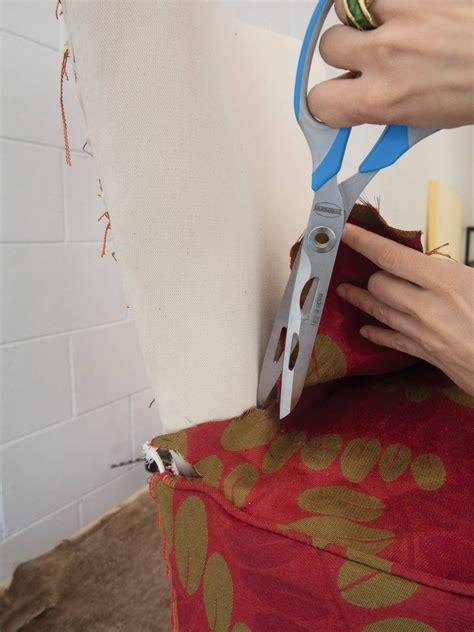 come rivestire una poltrona rivestire una poltrona come si fa e quali tessuti
