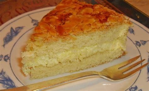 bienenstich kuchen mit pudding bienenstich kuchen mit pudding
