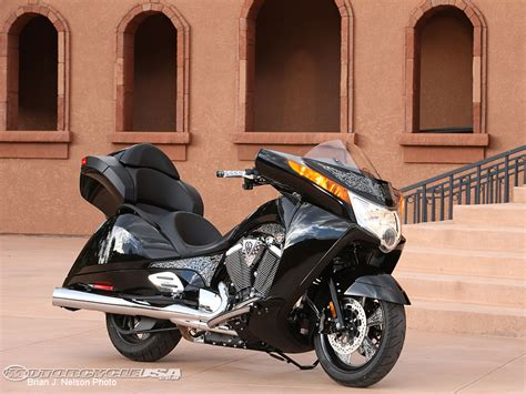 2011 victory motorcycles ride photos motorcycle usa