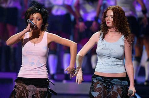 Russian Lesbian Group T A T U To Perform At Sochi Winter