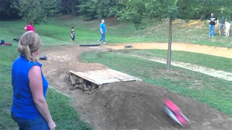 how to build a rc track in my backyard backyard bashing rc track race youtube