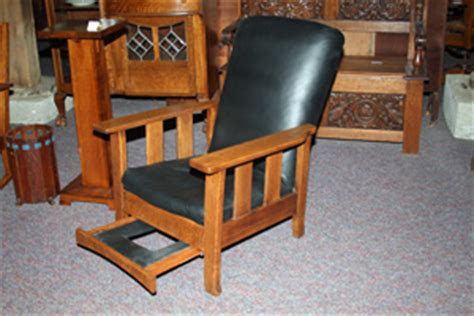 royal easy chair recliner granary mall walnut