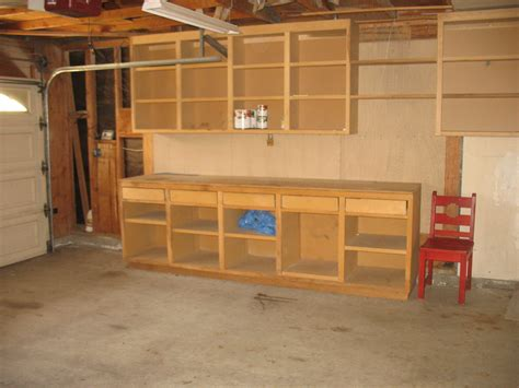 How To Build Wooden Garage by Plans For Building A Wooden Workbench Discover