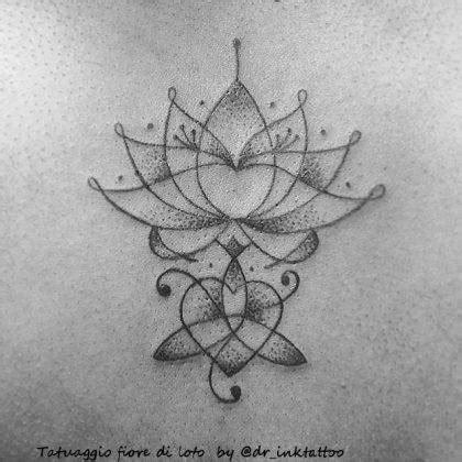 tatuaggi fiore di loto fiore di loto scopri la storie e il suo significato