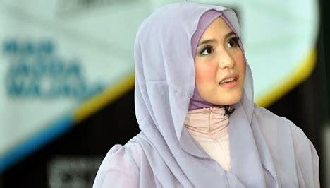 tutorial jilbab ala april jasmine hijab ala april jasmine hot girls wallpaper