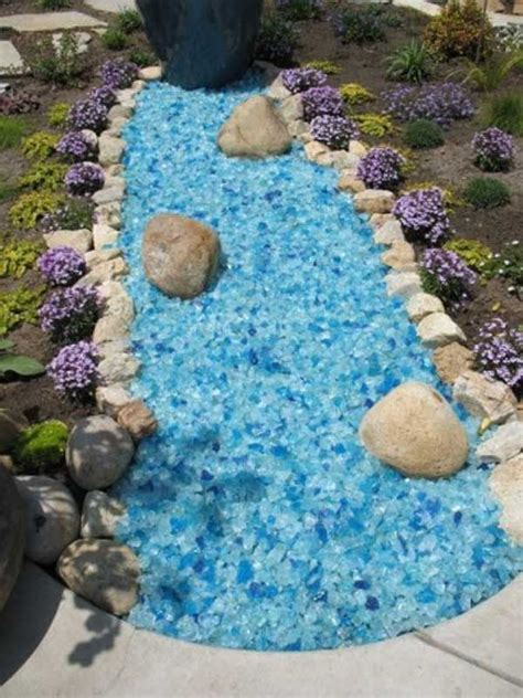 Colored Rocks For Garden 17 Best Ideas About Mulch Landscaping On Pinterest Front