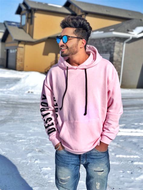 jasi gill new hair style pics in gabbroo jassi gill wallpapers 2018 photos hd pics pictures new