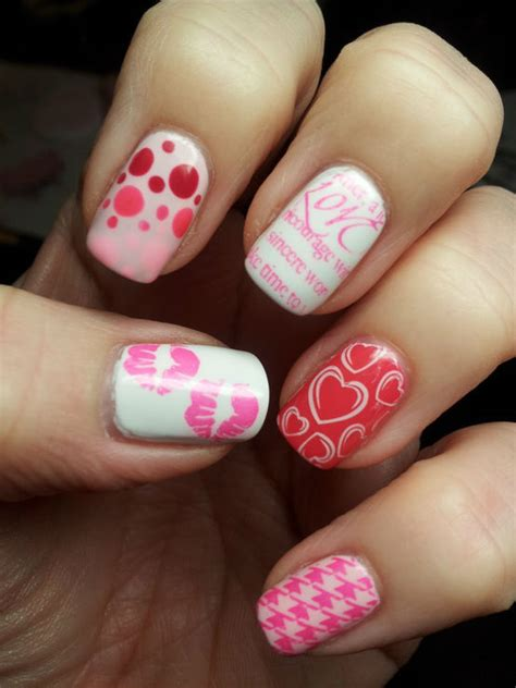 cute nail art designs  valentines day