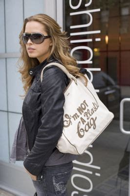 Im Not A Plastic Bag Backlash by ビニールのレジ袋が使用禁止の国 浜村拓夫の世界