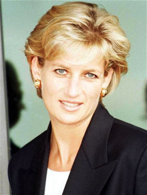 diana princess of wales up do hairstyles over the years queen of hearts princess diana photo 10650213 fanpop