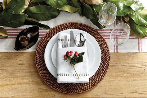 christmas place settings 15 holiday place setting ideas how to decorate