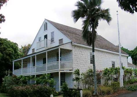 bailey house museum hale hōʻikeʻike at the bailey house only in hawaii