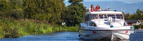 fishing boat hire broads boat hire on the norfolk broads norfolk broads direct