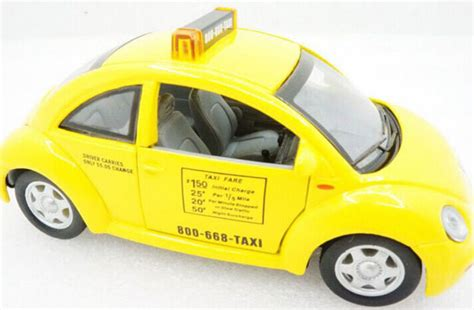 Welly 1 32 New Mini Hach Yellow yellow 1 32 scale diecast vw new beetle taxi model