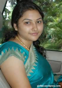 desi mama bangladeshi sexy hot real life aunty shurobi akter