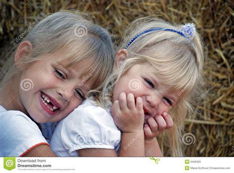 imagenes de amor fraternal amor fraternal foto de archivo imagen 6466320