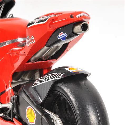 Diecast New Moto Gp Ducati Skala 1 12 Authorized minichs 1 12 2007 ducati desmo 16 gp7 ducati marlboro team motogp loris capirossi diecast zone