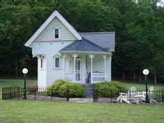 Small Homes For Sale Ky 1000 Images About Tiny Houses Playhouses And Cat Houses