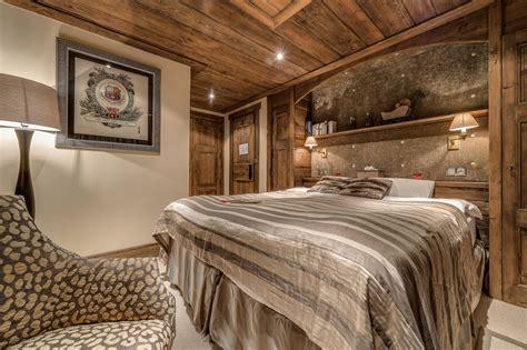 altholz schlafzimmer chalet chopine meribel alpine guru