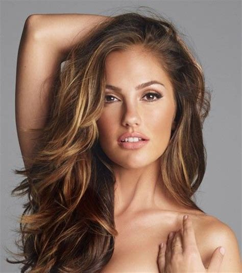 brunette hairstyle with lots of hilights for over 50 brunette with honey highlights hairstyles with
