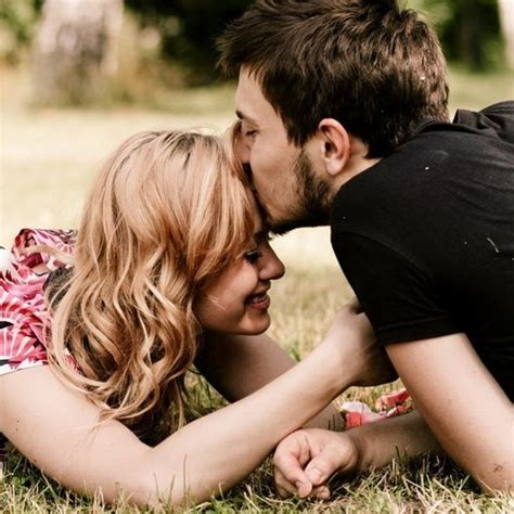 Best couple kisses images in spanish