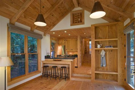 Gallery: A handcrafted rustic guest cabin   Dotter