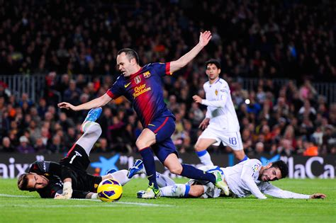 barcelona zaragoza andres iniesta photos photos fc barcelona v real