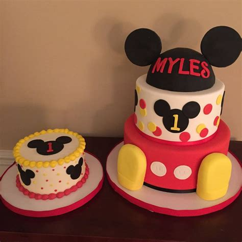 mickey mouse club house  birthday cakes  calynne