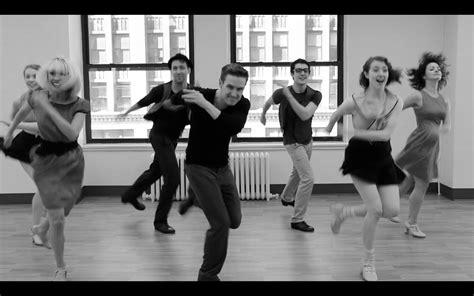 Sepatu Jazz Ballet prospek kerja lulusan jurusan seni tari