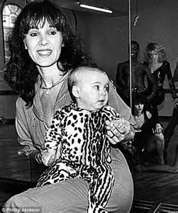 Chair Ribbons Arlene Phillips On Why She Was Happiest When She Was A Strictly Come Dancing Judge Daily Mail