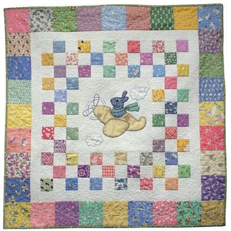 Airplane Baby Quilt Patterns Free by Center Appliqu 233 Within 9 Patches Baby Quilt Ideas
