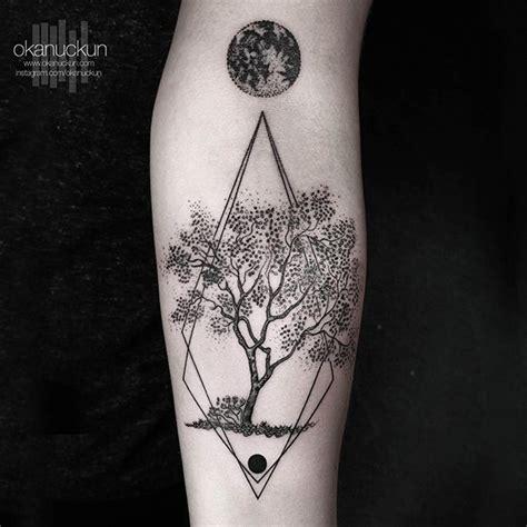 figuras geometricas tattoo minimalismo geometria okan uckun tattoo http