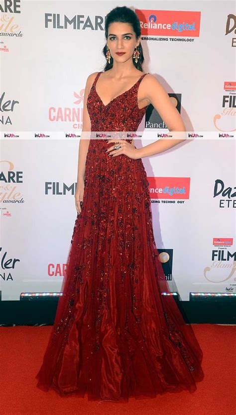 Glam Awards by Sonakshi Sinha On Filmfare And Style Awards 2017