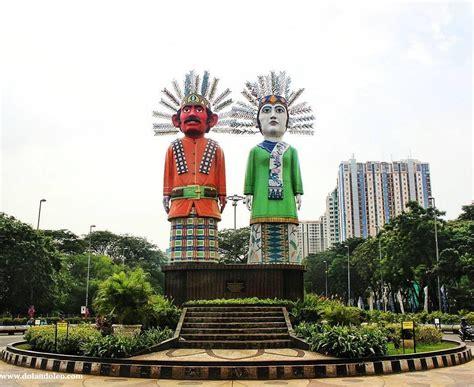 Boneka Wisuda Jakarta Kota Jakarta Pusat Daerah Khusus Ibukota Jakarta patung ondel ondel kemayoran dinas pariwisata