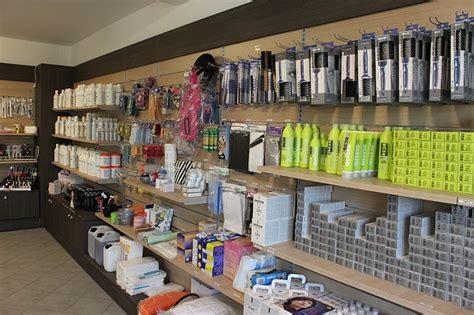 arredamenti negozi parrucchieri arredamento negozio di articoli per parrucchieri