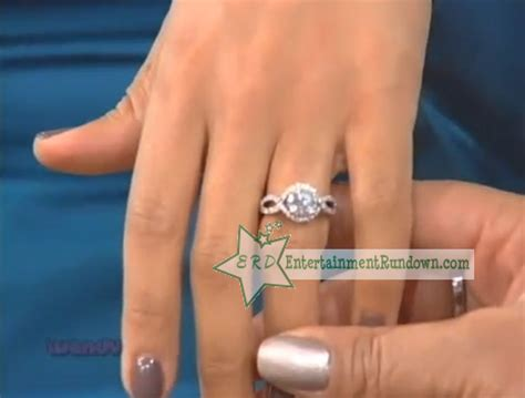 tamera mowry shows of engagement ring to wendy williams