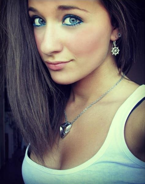 ragazze in taggo ragazze bellissime fotobomb 77 answers 1654