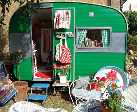 imagenes uñas vintage share your vintage caravan makeover happy loves rosie