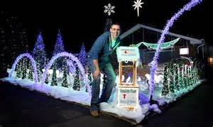 paul toole s 163 20k christmas lights display flashes to the