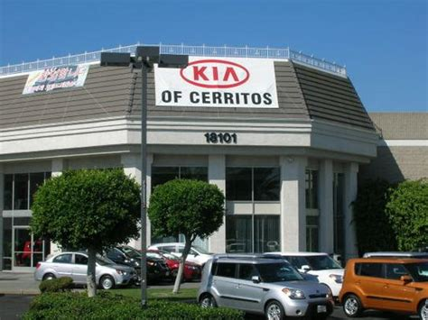 Kia Authorised Service Centre Kia Of Cerritos Cerritos Ca 90703 Car Dealership And