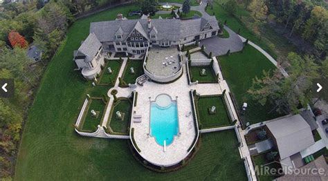 Beautiful Fireplaces 7 95 million 12 acre estate in rochester hills mi