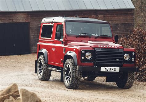 New Land Rover Defender 2020 by The New Land Rover Defender Will Be Presented In 2020