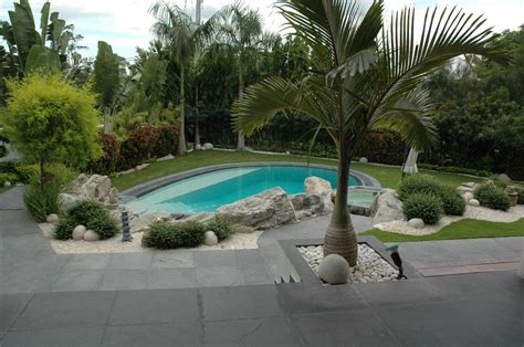 Garden Pools Liteit The Place For The Most Exclusive Carara Marble
