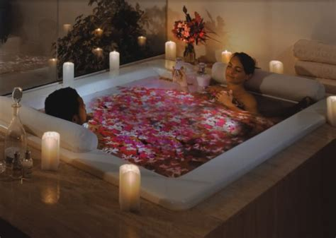 couple bathtub romantic candles could be dangerous to your health