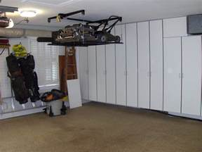 lift for the lawnmower and stuff ceiling overhead