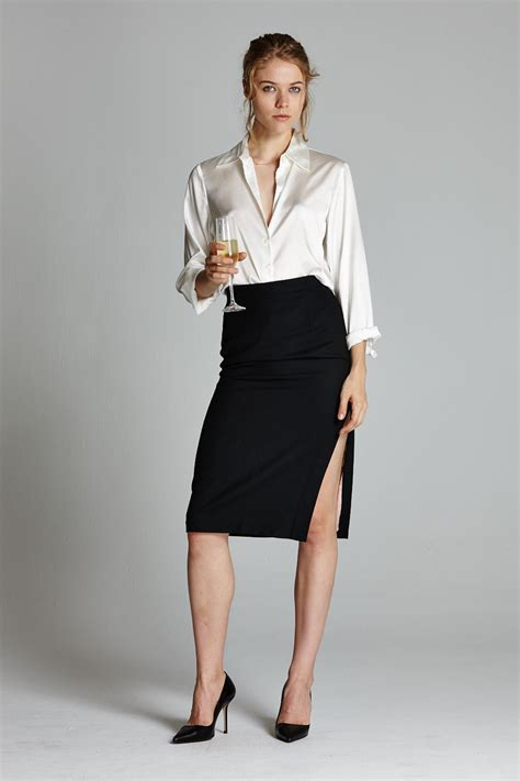 the side slit pencil skirt note that